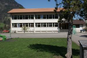 Schulhaus Kien