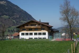 Schulhaus Scharnachtal